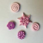 rosa-knoepfe